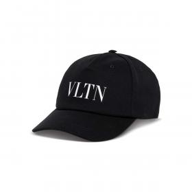 VALENTINO VLTN CAP IN BLACK