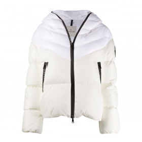 MONCLER WOMENS PADDED DOWN COAT IN WHITE