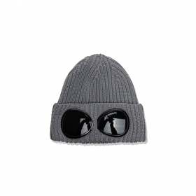 CP COMPANY EXTRA FINE MERINO WOOL GOGGLE BEANIE IN MOONMIST